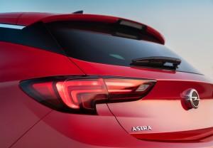 Yeni Opel-Astra-11