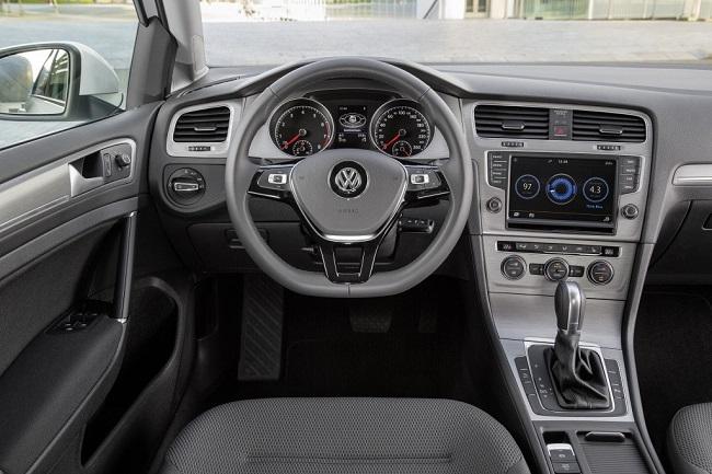 VW-GOLF-7-ic-dizayn