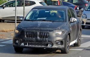 2016-fiat-tipo-hatchback 3