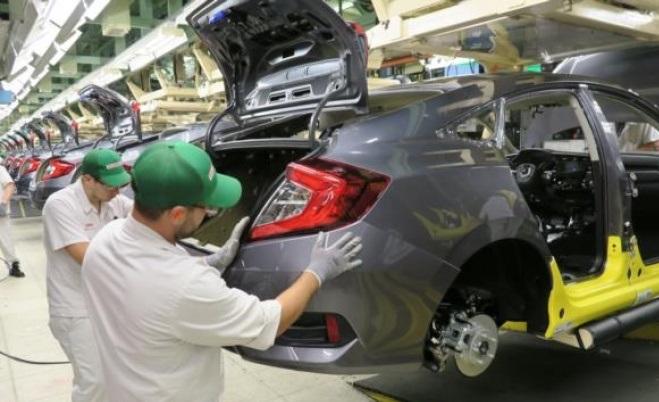 2016-honda-civic-sedan-uretimleri-basladi