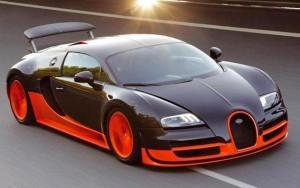 Bugatti Veyron Super Sport Saatte 431 KM Hız
