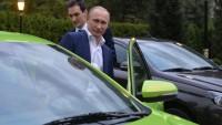 Lada Vesta Üretime Başladı test sürüşünü Putin yaptı!