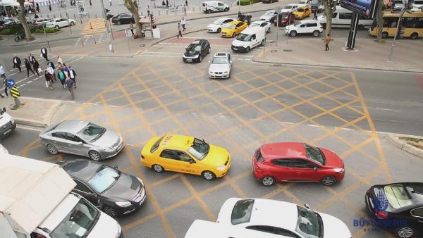 trafikte-yeni-uygulama-kavsaklara dikkat